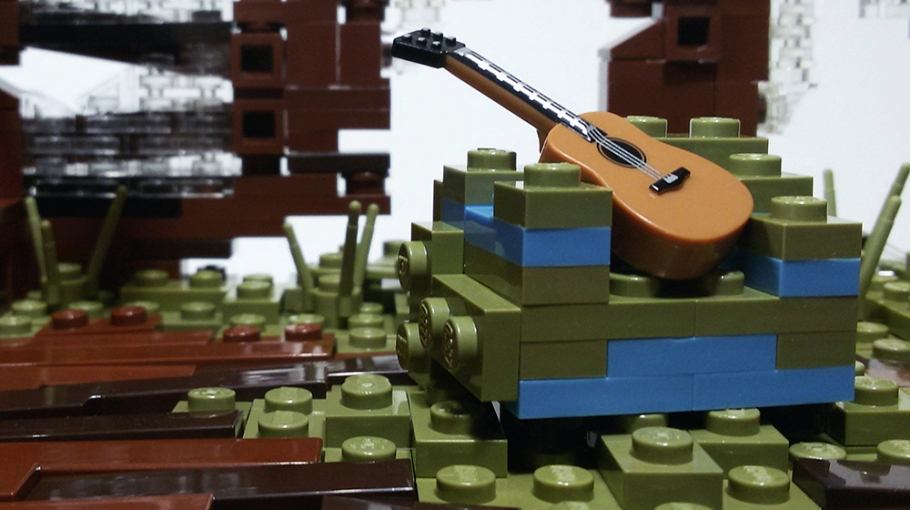 Quelle: flikr/Christophe - LEGO: The Last of Us - Gitarre