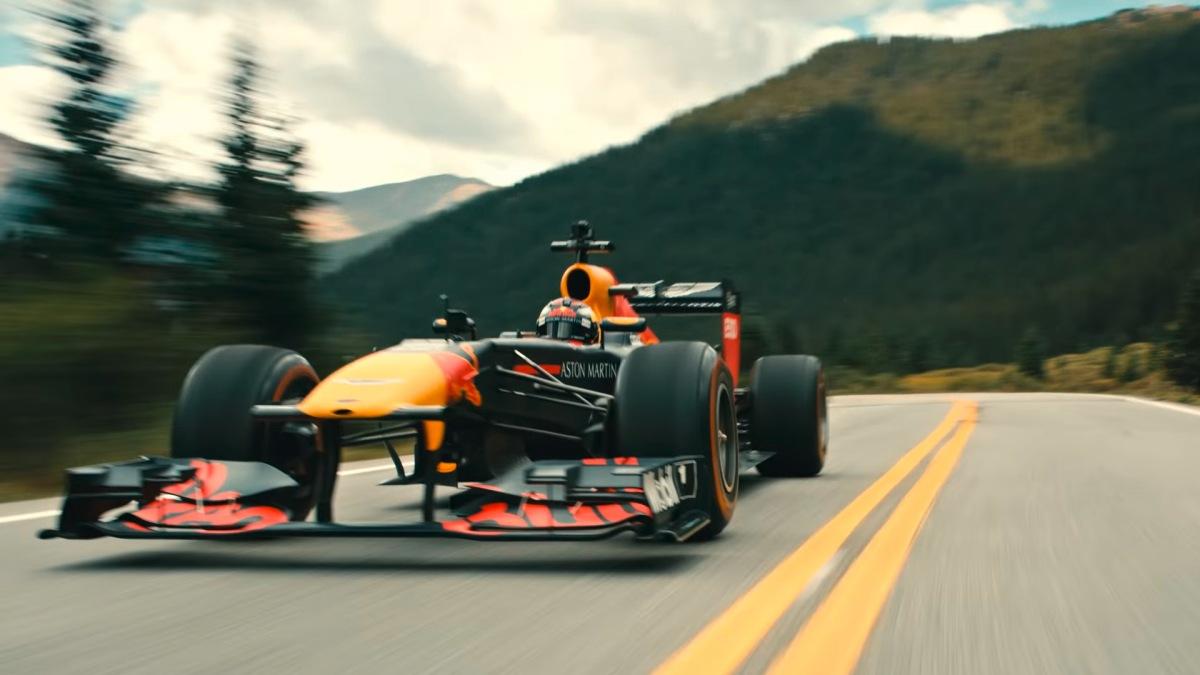 Aston Martin Red Bull Racing - Road Trip USA - Teil 2