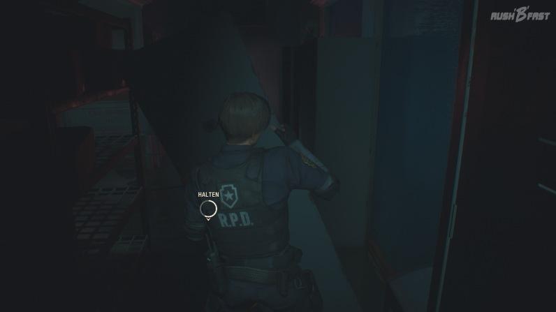 Resident Evil 2 - Schön reduzierte Einblendung einer Interaktion, um einen Durchgang zu schaffen.
