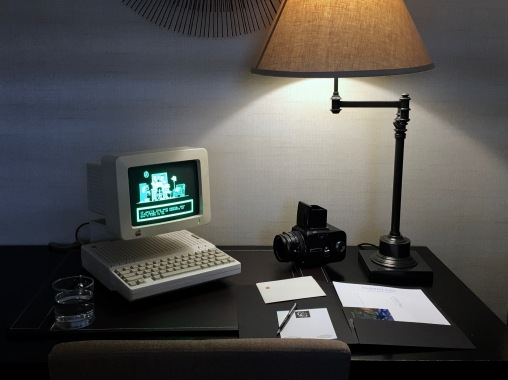 """Quelle: podstawczynski.com - Apple IIc (model A2S4000) with Apple Monitor (model G090S) and """"The Apple At Work"""" software loaded."""